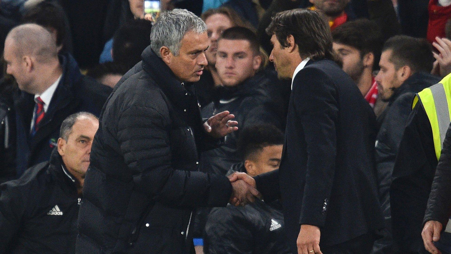 Mourinho đấu trí conte vì những xích mích nhỏ