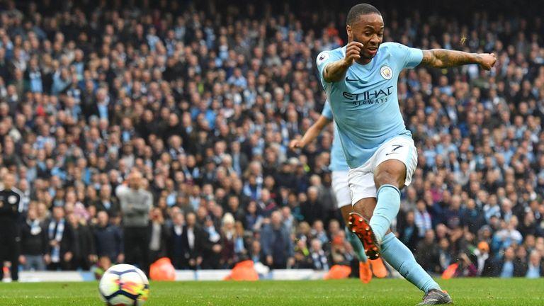 Sterling từ chối gia hạn hợp đồng với Man City