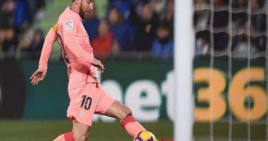 Messi tỏa sáng giúp Barca xây chắc ngôi đầu