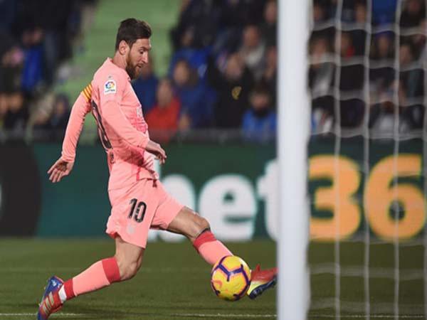Messi tỏa sáng giúp Barca