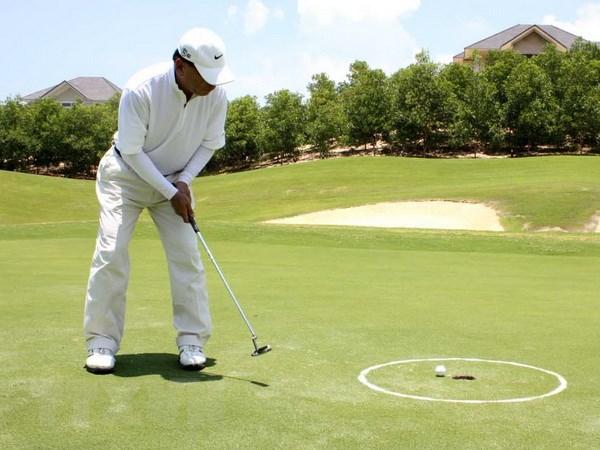 mo-thay-choi-golf