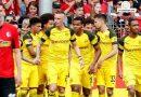 Dortmund miệt mài bám đuổi Bayern sau chiến thắng 4-0 Freiburg