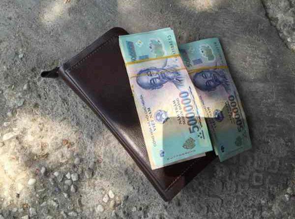 Nhặt được tiền là điềm báo lành hay dữ, nên đánh số mấy?