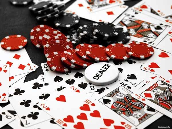 Ván bài Poker ra sao?