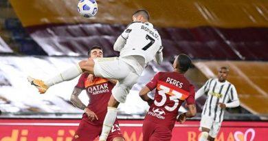 Tin bóng đá ngày 28/9: Ronaldo đạt cột mốc bàn thắng lịch sử
