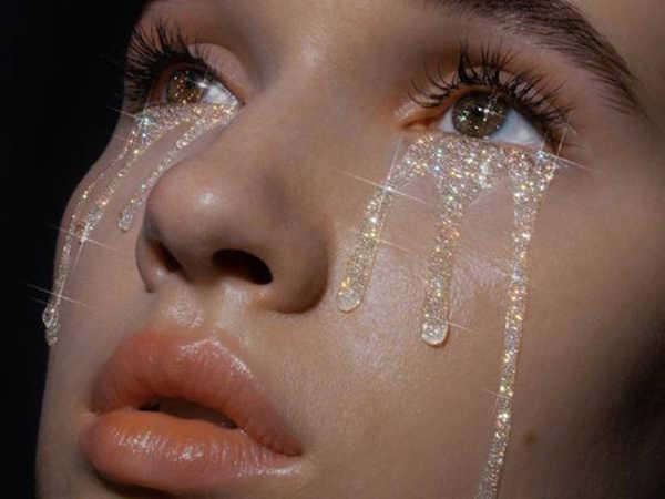 Mơ thấy khóc là điềm báo lành hay dữ?