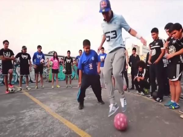 Những kỹ thuật bóng đá đường phố hay nhất bạn cần biết