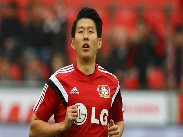 Son Heung-min trong màu áo của Bayer Leverkusen 04