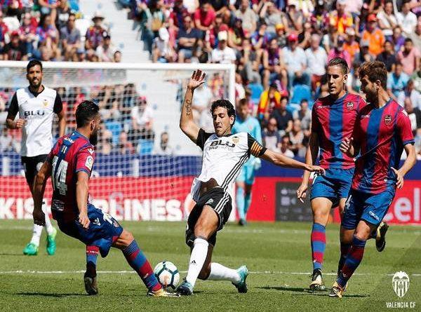 Nhận định bóng đá Huesca vs Valencia (23h30 ngày 22/5)
