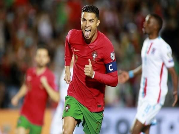 Thể thao trưa 14/10: Ronaldo hướng đến mốc 800 bàn